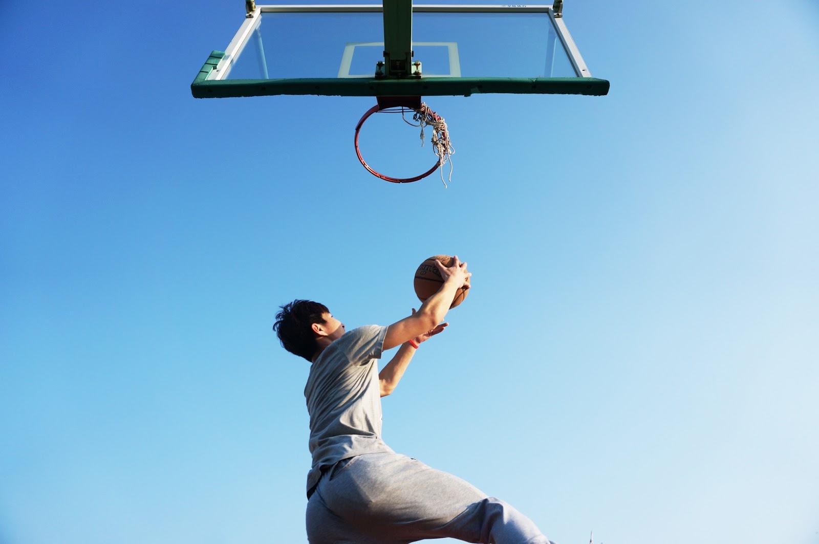 Basketball Layup.jpeg
